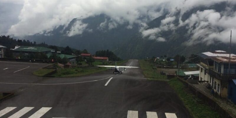 """Pt 2: """"The Most Dangerous Airport in the World!"""" – Kathmandu to Lukla Airport on the Everest Base Camp Hike"""