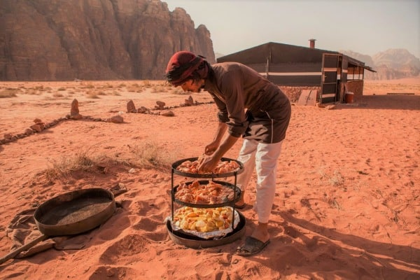 A Wadi Rum Camp and cooking experience