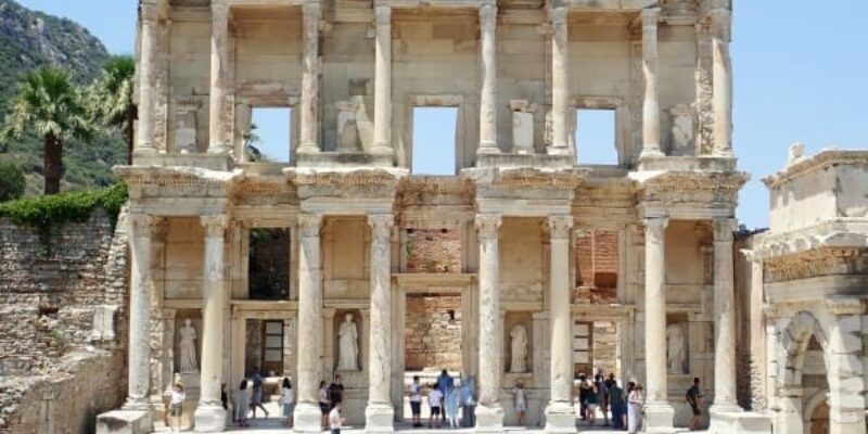 An Ephesus Tour: Walking through Ancient Rome   Backpacking Turkey (Part 3)