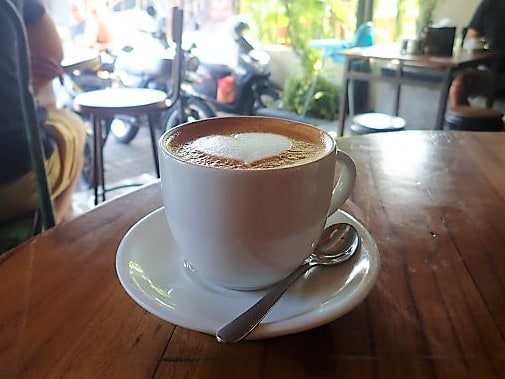 The Best Cafes in Canggu (A Bali List By A Brother Abroad)