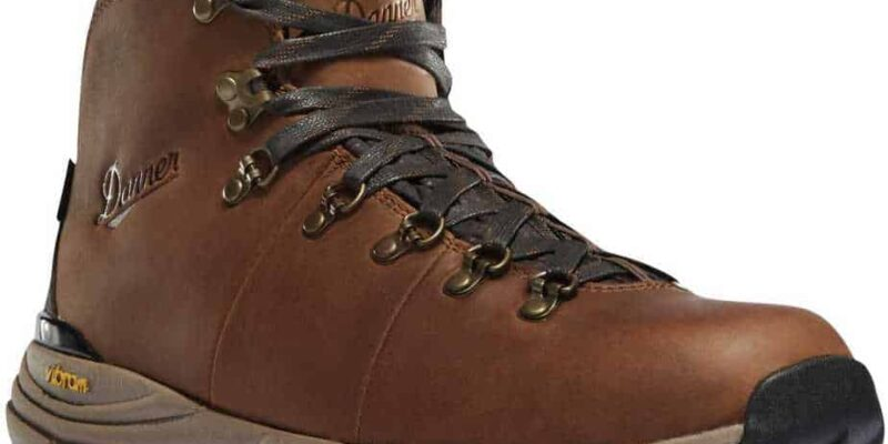 11 of the Best Boots for Rucking
