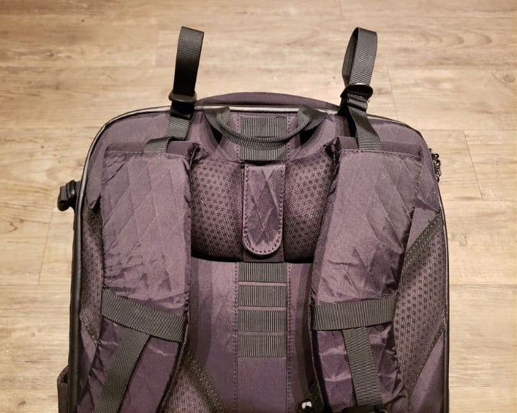Tortuga Outbreaker Review as a travel backpack for digital nomads