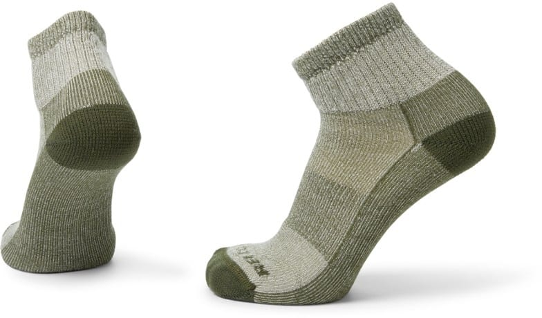 5 Best Socks for Rucking, Hiking, and Travel: Merino Socks for Comfy, Dry Feet