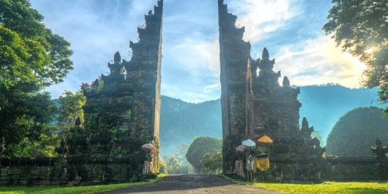 A Perfect Southeast Asia Itinerary – 3 Months on the Banana Pancake Trail