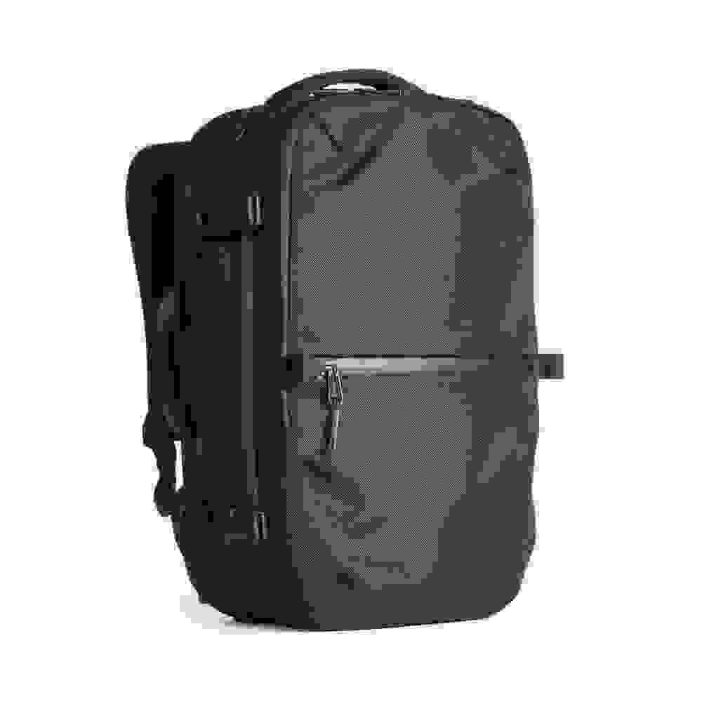 Aer-Travel-Pack-Digital-Nomad-BackpacksABrotherAbroad.com